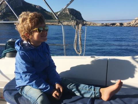 vacanze-in-barca-a-vela-con-bambini-sail-egadi